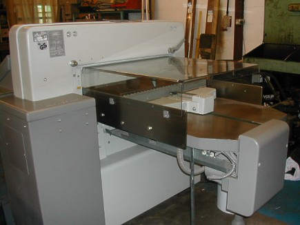 Paper Cutting Guillotine